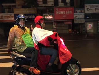ベトナム・ハノイでの社会貢献活動に参加・清掃、物資支援