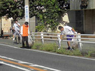 ジコサポ日本浜松支部8月度道路清掃活動を行いました。