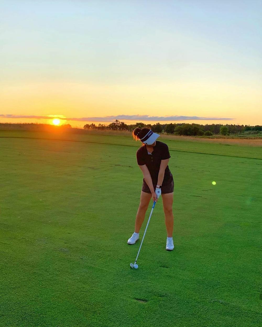 Sunset, golf, Rebecca Lee-Bentham, taking dead aim for a professional golf career