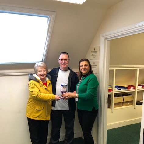 David & Denise Collyer raised £330 for WAC with their wonderful Xmas lights, Xmas 2018
