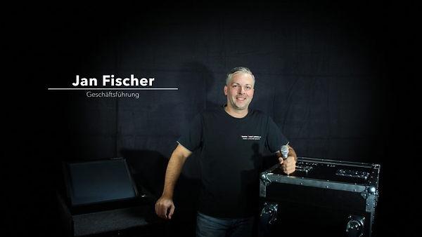 Jan_Fischer-768x512_edited.jpg