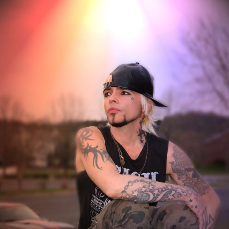 Lukas Rossi LIVE on Stageit! ~ 06/12