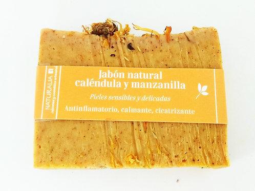Jabón natural de Caléndula Manzanilla y Cúrcuma