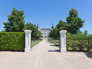 Immaculate Chateau Entrance