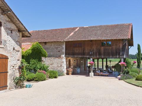 Immaculate Chateau Séchoir