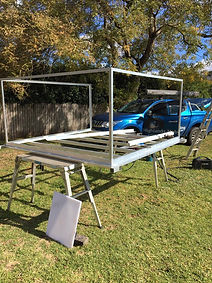 Aluminium Slide on camper frame for Trayback Ute.jpg