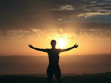 SPIRITUAL AWAKENING: WHAT IS IT, WHAT ARE THE SIGNS, HOW TO EXPERIENCE IT AND 10 MYTHS ABOUT IT