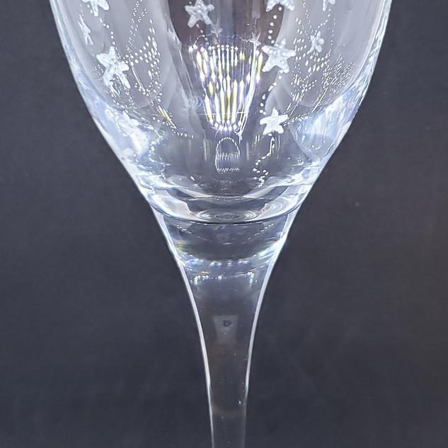 tumbling starfish wineglass