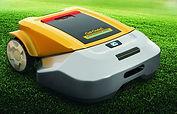 Первый робот - газонокосилка Cub Cadet 2013 год