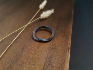 Oxidised Möbius Pendant