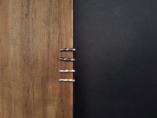 Möbius Bar Studs