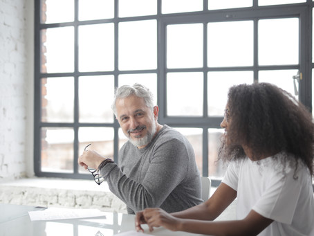 Cómo vender Servicios Premium de asesoría, coaching, mentores y consultoria con tu marca personal