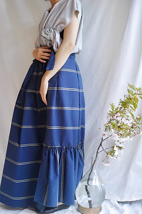 wrap‐around skirt
