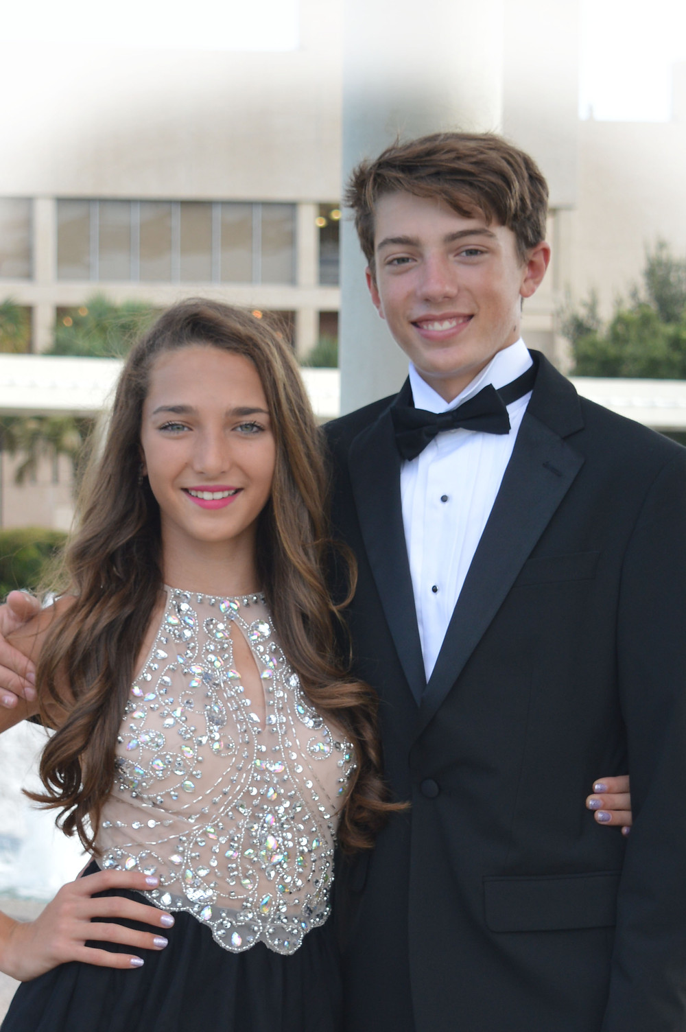 outdoor portraits, photography, prom photos, dance, homecoming, outdoor photography, lighting