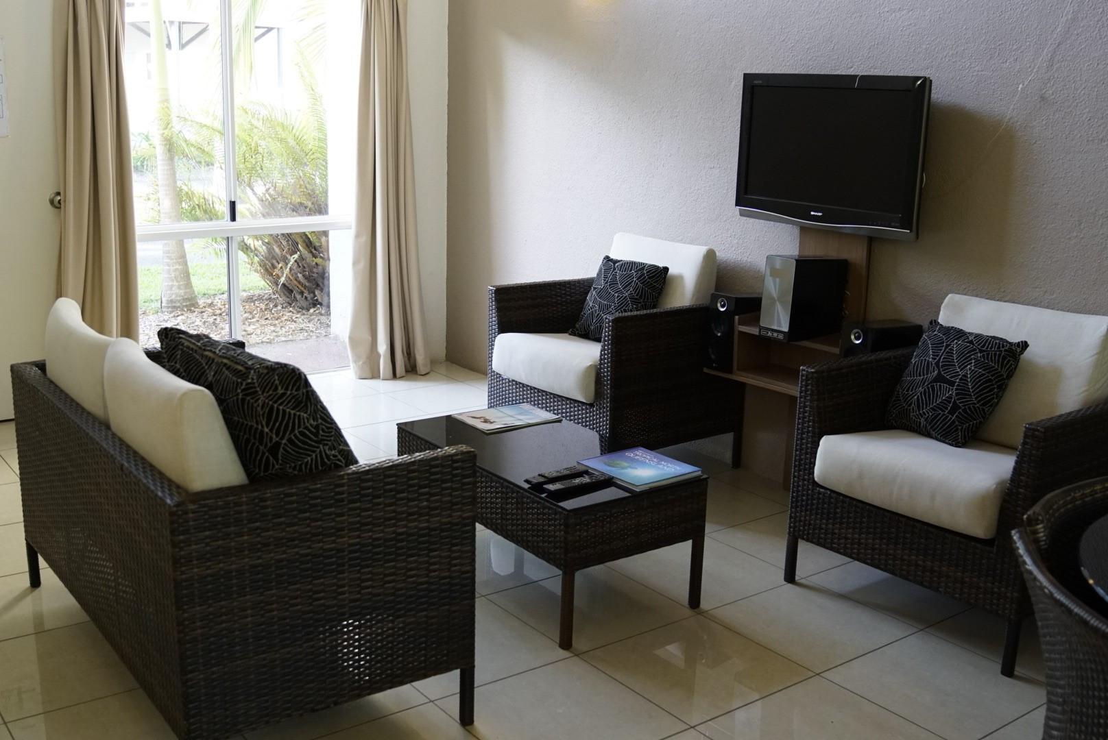 Coral villa lounge