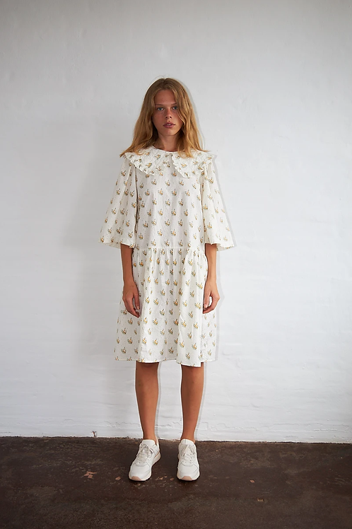 Lisbeth Dress Simple Flowers