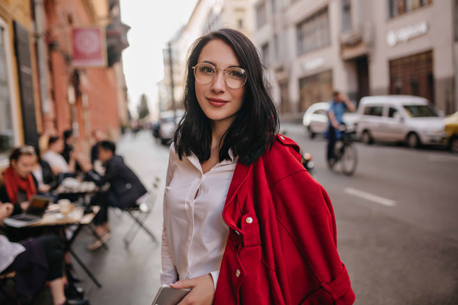 lifestyle-woman-red-coat-glasses
