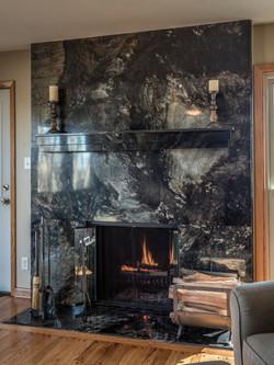 London Black Carl's Fireplace
