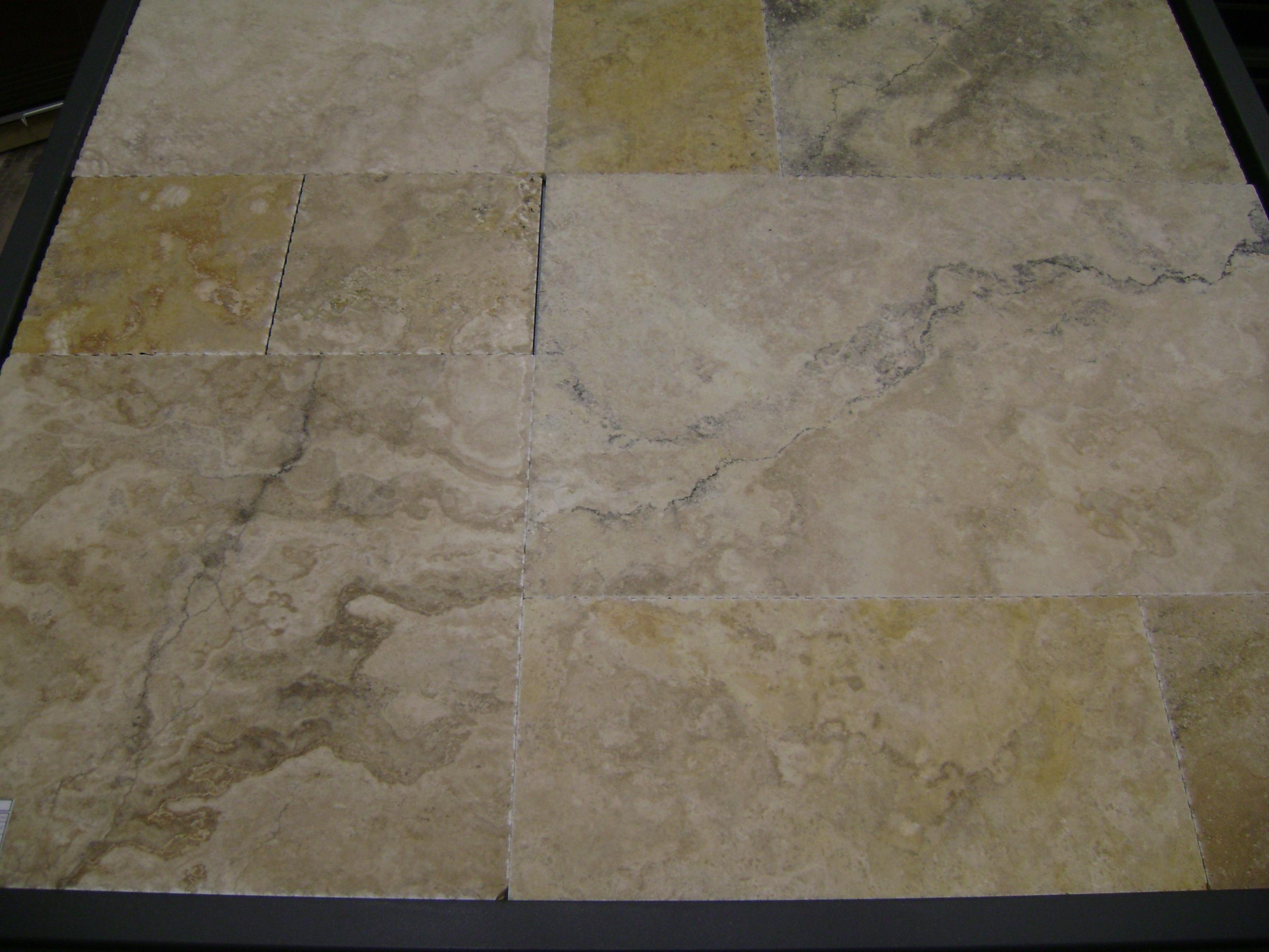 Crema Viejo Roman Pattern