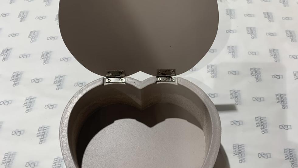 Boîte forme cœur 17,5x19x6 cm