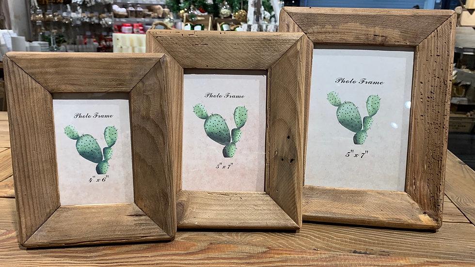 Cadre pour photo en bois recyclé.21,5x26,5x3cm