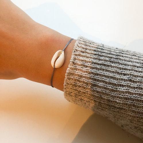 Sarah - Shell Fabric Bracelet