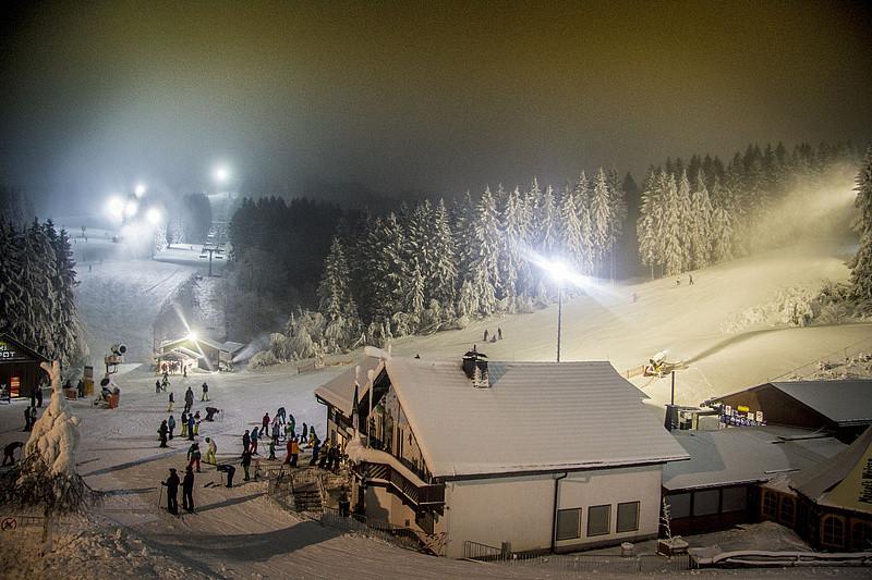 Avondskien (Flutlicht) in Winterberg op dinsdag en vrijdag