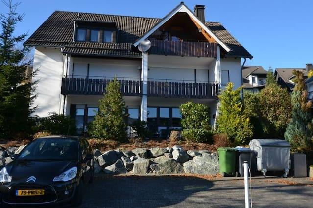 WinterbergNu verhuurt appartementen in Winterberg. Bekijk de appartementen van WinterbergNu