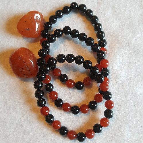 Carnelian w/Onyx Bracelet