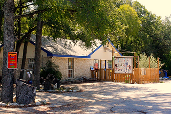 Children's Discovery Center South Austin Preschool Nature-based Reggio Emilia