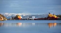 Hovlandshagen_-_hamn_-_båtar_-_omgjevnader_-_omgivnader_-_vinter_-_refleksjonar_7721_GE