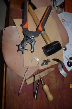 atelier-création-cuir-artisanal