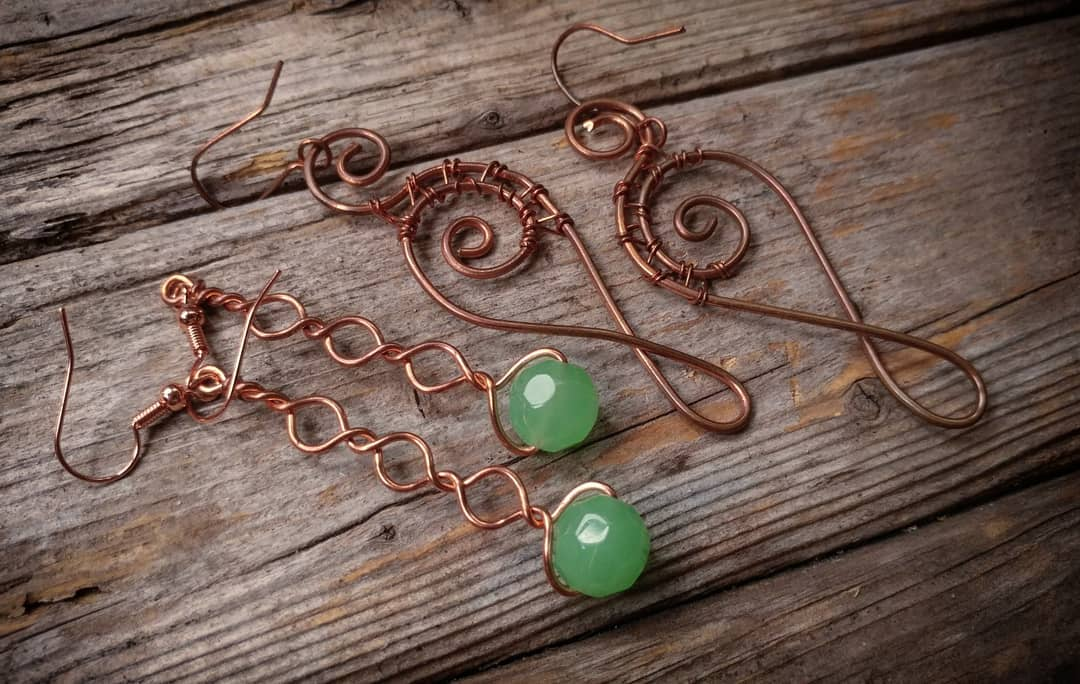 Wire And Wine 2 Earring Design