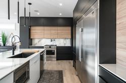 Modern Niagara Kitchen