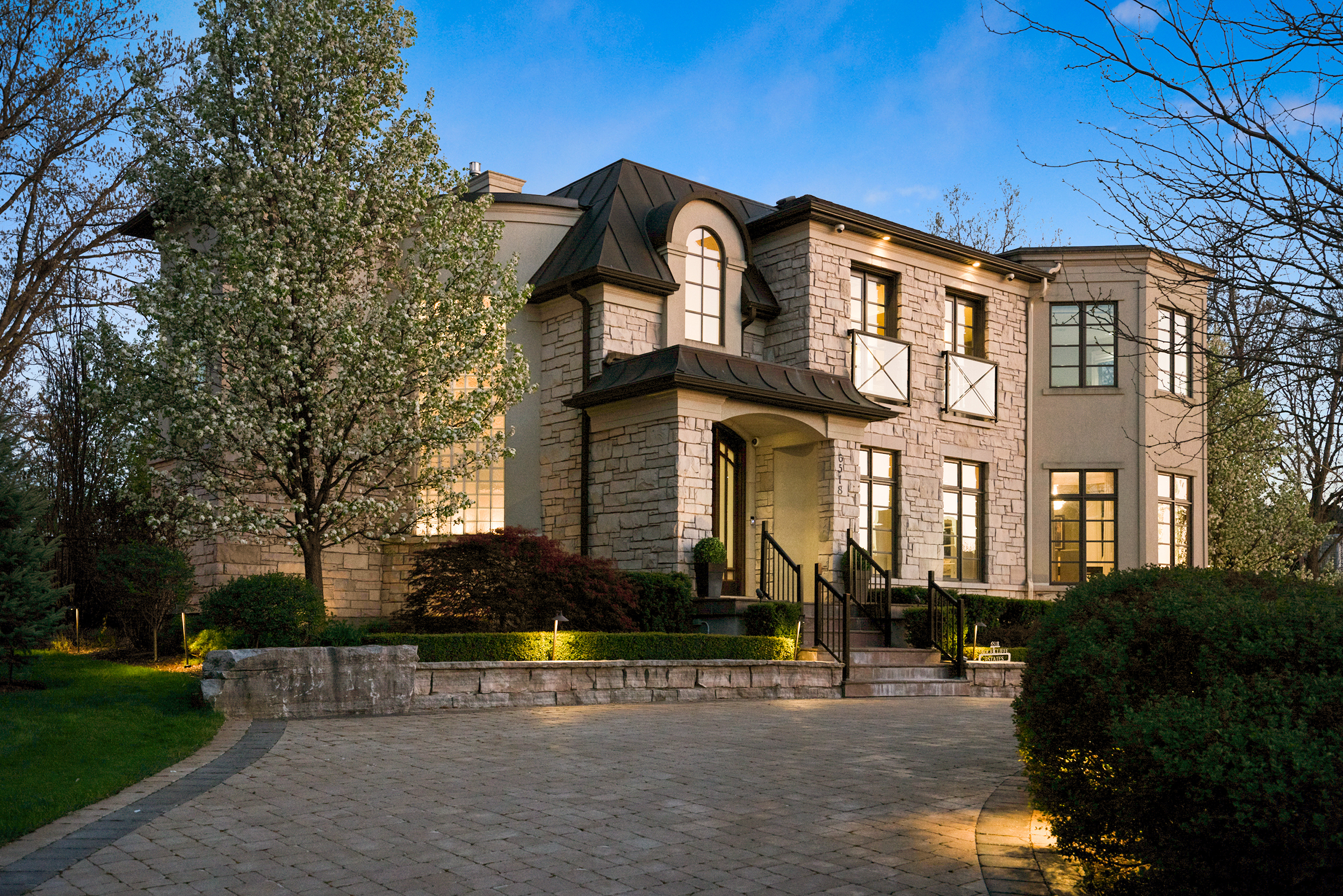Luxury Real Estate Niagara