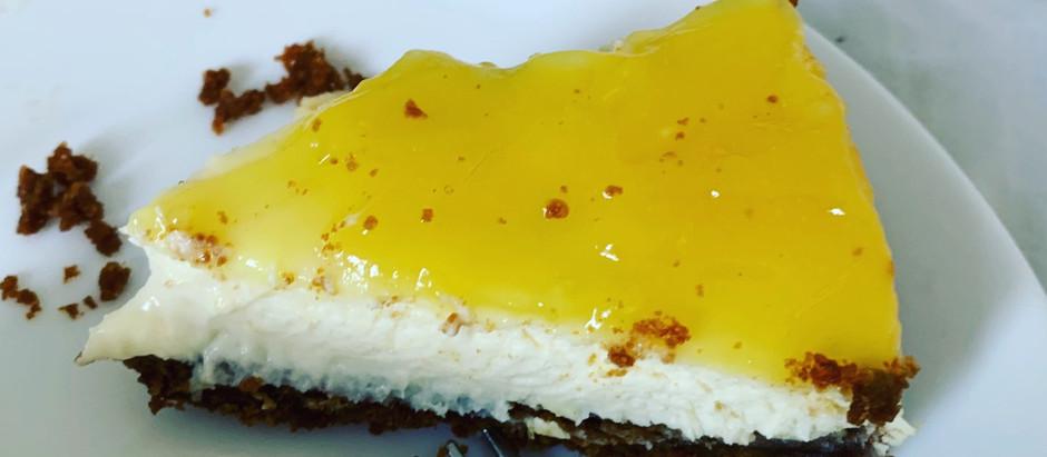 Lemon Cheesecake with Biscoff base!