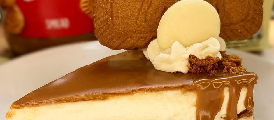 Milkybar & Biscoff no bake cheesecake!