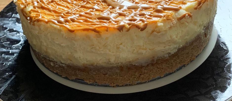 White chocolate Biscoff drizzle cheesecake!