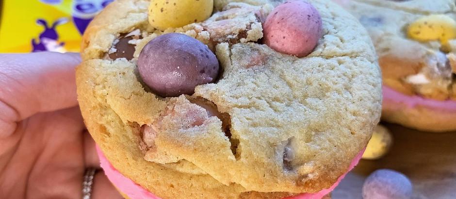 Mini egg whoopie cookies!