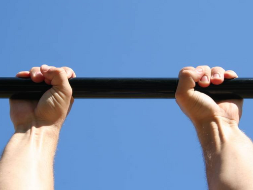 7 Reasons Why You Should Wrap Your Thumbs Around The Pull Up Bar