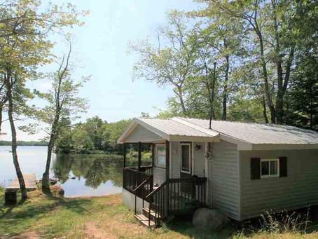 Lakefront cottages under $180k