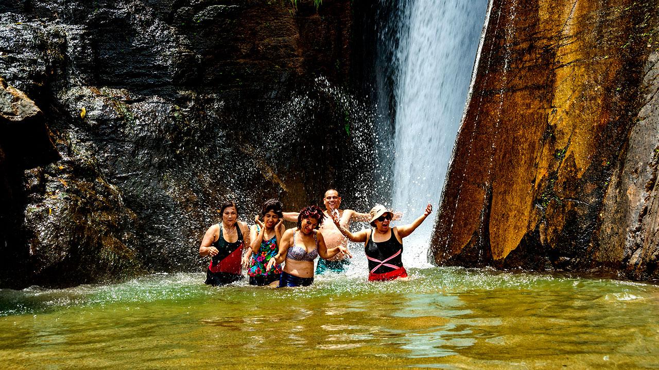 Pozas y cascadas en Boca Tigre