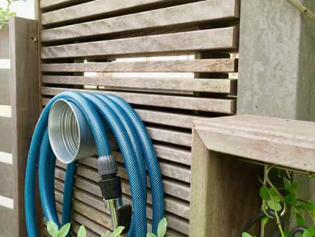 庭の水やりホース問題