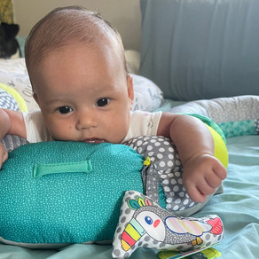 Tummy Time 7 Weeks Old - Head Movement