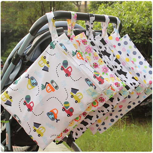 Baby 30*40 Diaper Bag Cartoon Waterproof Reusable Wet Dry Bag Print Pocket Nappy