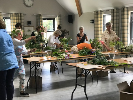 SUMMER FLOWER ARRANGING WORKSHOP 3RD JULY 2019