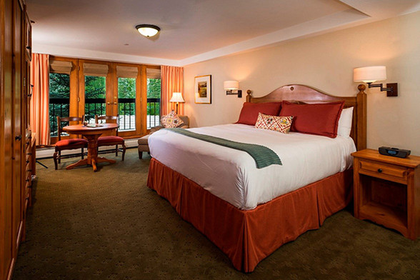 the-pines-lodge-room-28026-10836-16392bf
