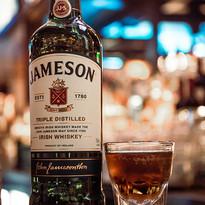 31 - Bar & Atmosphere.jpg