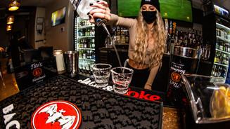 89 - Bar & Bartender.jpg