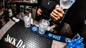 92 - Bar & Bartender.jpg